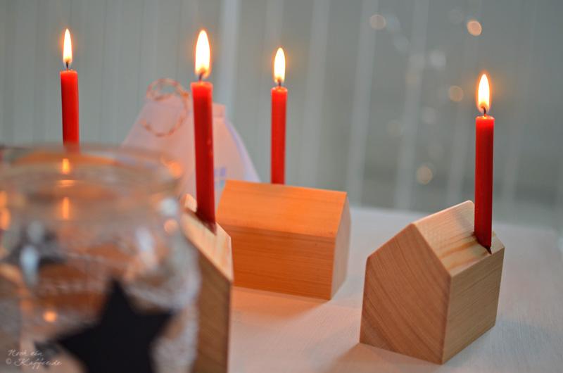 LoveAndLilies.de Holzhaus Weihnachten Kerzen Weckglas