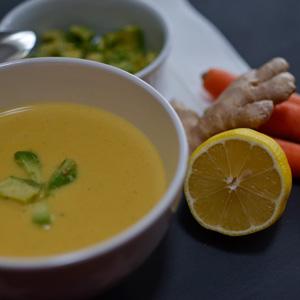 NochEinKaffee.de // Karotten-Kokos-Ingwer-Suppe