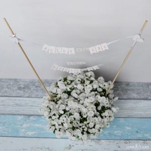 Blumengruß mit Mini-Girlande zum Muttertag