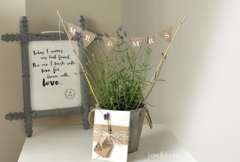 ... Handmade: Hochzeitskarte mit frischem Lavendel, Vintage Holzschild