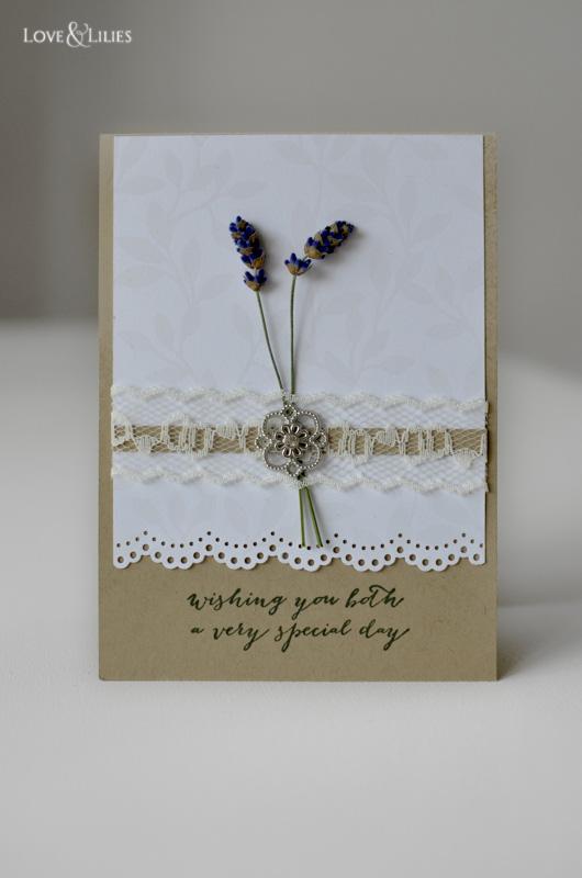 LoveAndLilies.de // Handmade Card: Hochzeitskarte mit frischem Lavendel und Spitzenband