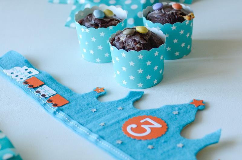 LoveAndLilies.de // Geburtstagskrone und leckere Schokomuffins in Cupcake-Wrapper zum Kindergeburtstag