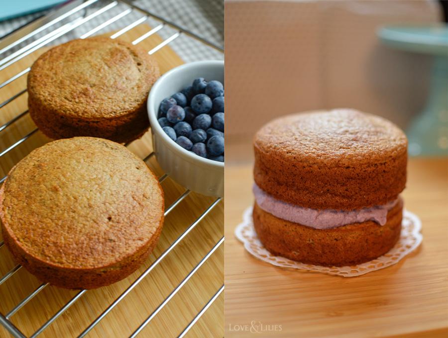 LoveAndLilies.de | Gesunder Bananen-Apfelmus-Kuchen mit Blaubeersahne zum 1. Geburtstag. Sieht nicht nur toll aus, sondern schmeckt auch noch besonders gut.