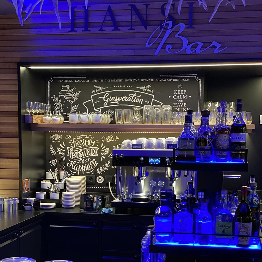 Chalkboard Kaffeebar & Ginbar Coffee & Gin
