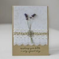 LoveAndLilies.de // Hochzeitskarte mit frischem Lavendel