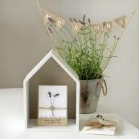 LoveAndLilies.de // Hochzeitskarte mit Lavendel und Minigirlande
